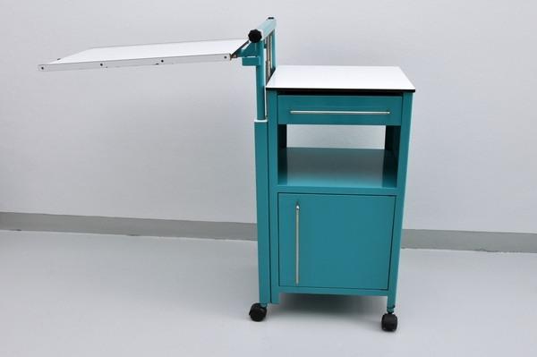 Noční stolek k lůžku - 150 Kč/měsíc