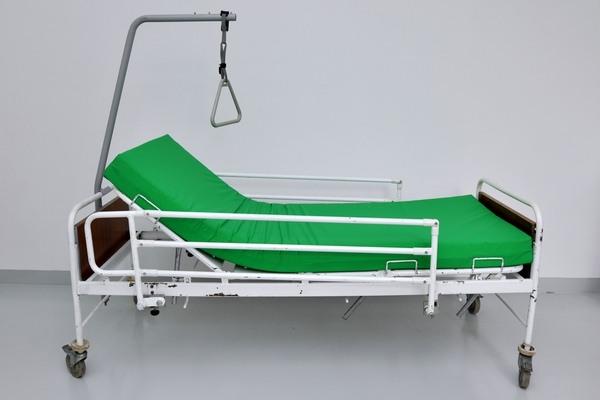 Mechanická polohovací postel - 400 Kč/měsíc